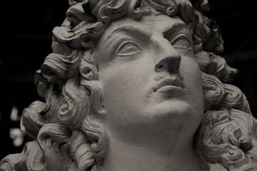 Statue im Linderhof