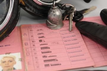 moto : permis de conduire