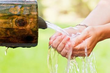 cold water splash