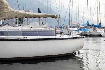 Yacht im Hafen