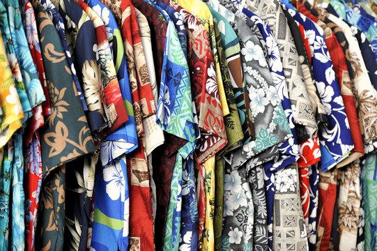 Tahitian short sleeved shirts