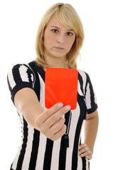 Schiedsrichterin zeigt Rote Karte