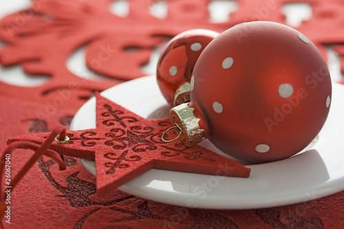 weihnachtsdekoration rot weiss stockfotos und. Black Bedroom Furniture Sets. Home Design Ideas