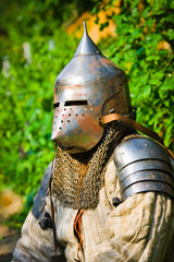 Spoed Fotobehang Ridders man in knight's helmet