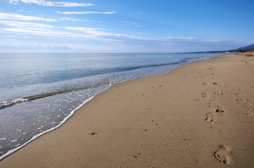 empreinte de pied sur la plage