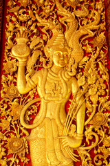 Door wood carving tn thai temple