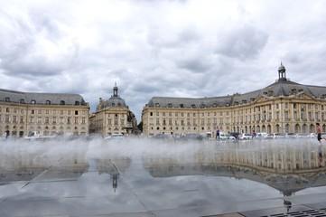 monument de Bordeaux 15
