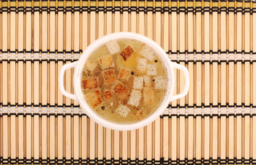 chicken broth with crackers