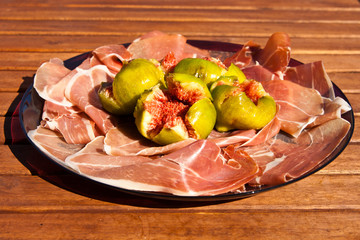 Parma ham with fig