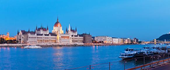 Printed kitchen splashbacks Budapest Evening panorama of Budapest, Hungary