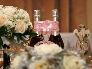 Wedding table, champagne