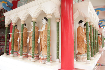 Buddhist wall at Kek Lok Si Temple