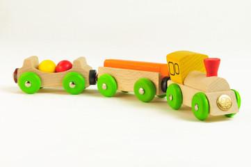 Eisenbahn für Kinder aus Holz