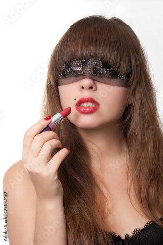 Видео сексуальная красивая девушка в повязке на глазах