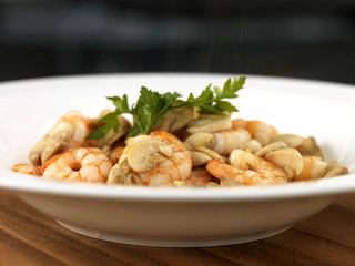 Stir Fried Prawns with Ginger and Mushrooms
