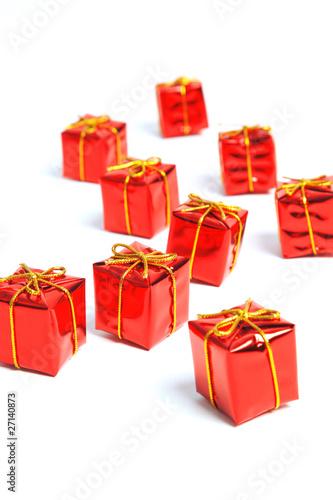 rotes weihnachts geschenk paket stockfotos und. Black Bedroom Furniture Sets. Home Design Ideas