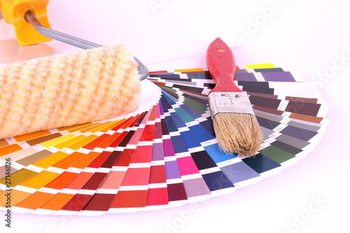 farbkarte mit pinsel stockfotos und lizenzfreie bilder auf bild 27146026. Black Bedroom Furniture Sets. Home Design Ideas