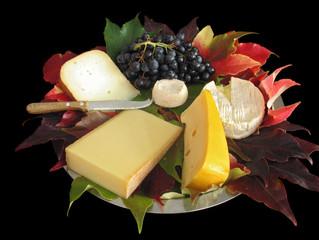 Plateau de fromages automnal (sur feuilles de vigne) 2
