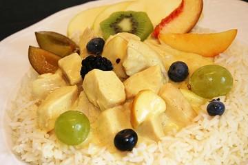 Hähnchencurry auf Reis