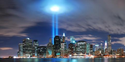 Wall Mural - New York City Manhattan skyline illuminated over Hudson River