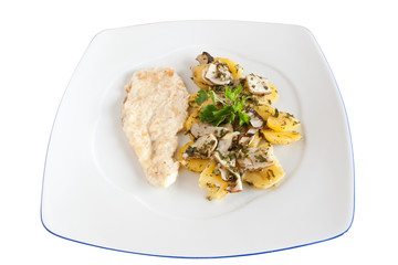 chicken escalope with potatoes andmushrooms