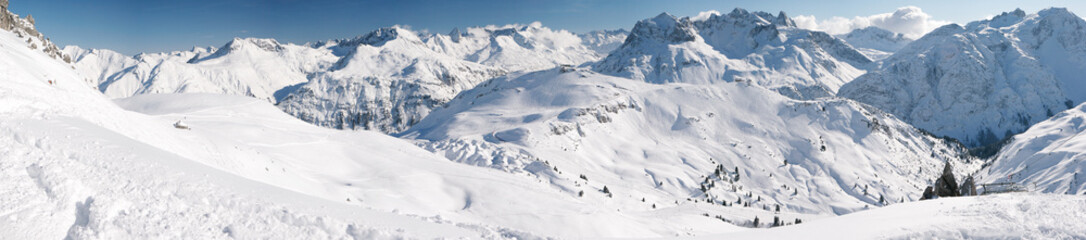 Wall Mural - Winter at Arlberg Mountains - Wide Panoramic View