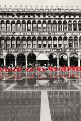 Foto op Canvas Rood, zwart, wit Wenecja_05