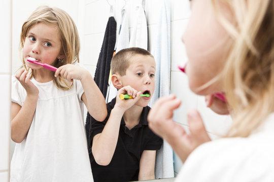 Brushing teeths