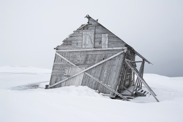 Old, wooden, abandoned building