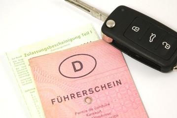Führerschein & Autoschlüssel