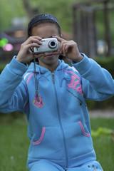 bambina fotografa