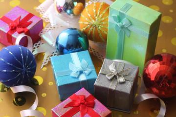 many gift