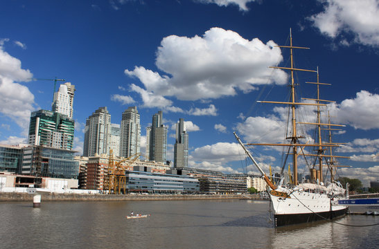 Stadtteil Puerto Madero in Buenos Aires