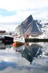 Harbour of Hamnøy