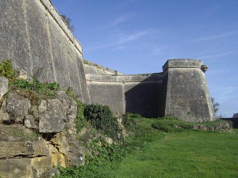 Bastion et rochers