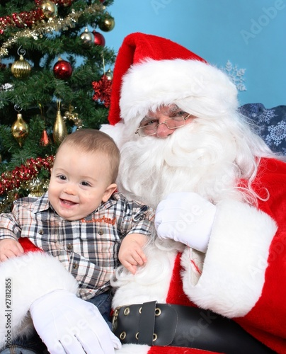 Image De Bebe En Pere Noel.Pere Noel Et Bebe Stock Photo And Royalty Free Images On