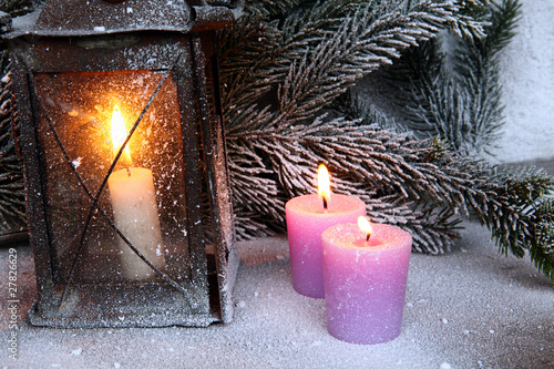 vecchia lanterna con candele immagini e fotografie royalty free su file 27826629. Black Bedroom Furniture Sets. Home Design Ideas
