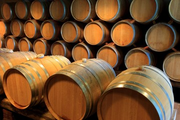 Wall Mural - Barrique Holzfässer Weinkeller Rotwein