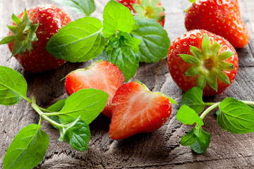 Erdbeeren und Minze