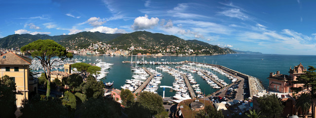 Spoed Foto op Canvas Liguria Italia - Veduta panoramica su Rapallo in Liguria