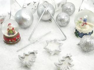 White Christmas decorative table set