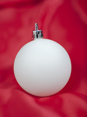 Bola blanca, adorno árbol de navidad