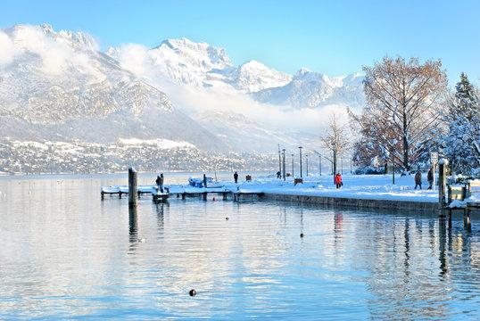 La d'Annecy en hvier