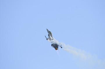 General Dynamics F16 in steep climb