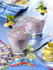 dessert à base de lait écrémé, myrtille et banane