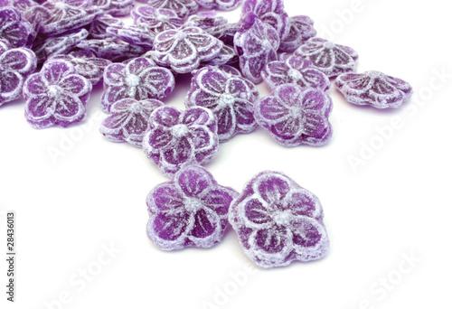 bonbons la violette photo libre de droits sur la banque d 39 images image 28436013. Black Bedroom Furniture Sets. Home Design Ideas