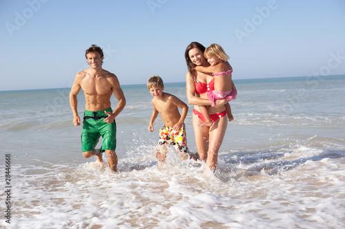 Nudist pisc family