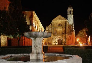 Vista nocturna plaza Vazquez de Molina, Ubeda