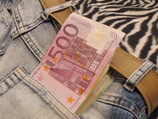 euro 500 in pocket