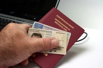 Neuer Personalausweis - New Identity Card